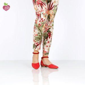 בלעדי לאתר - דגם אורפז: סנדלים טבעוניים בצבע אדום- MIZU