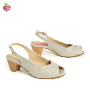 בלעדי לאתר - דגם ירדן: נעלי עקב טבעוניות בצבע אפור - MIZU