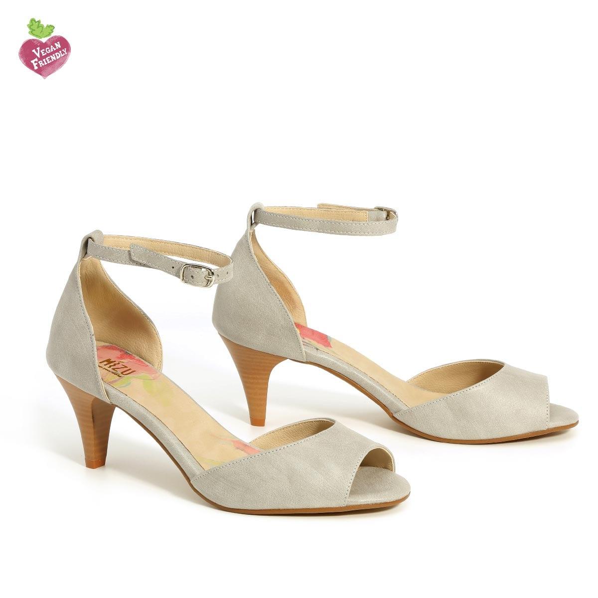 דגם נירית: נעלי עקב טבעוניות בצבע אפור