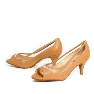 דגם נוף: נעלי עקב בצבע קאמל - Rebecca Ashley