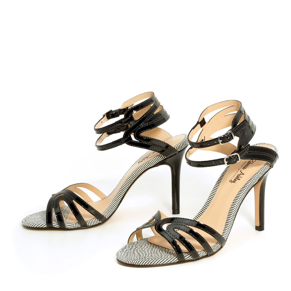 דגם אופיר: נעלי עקב בצבע שחור