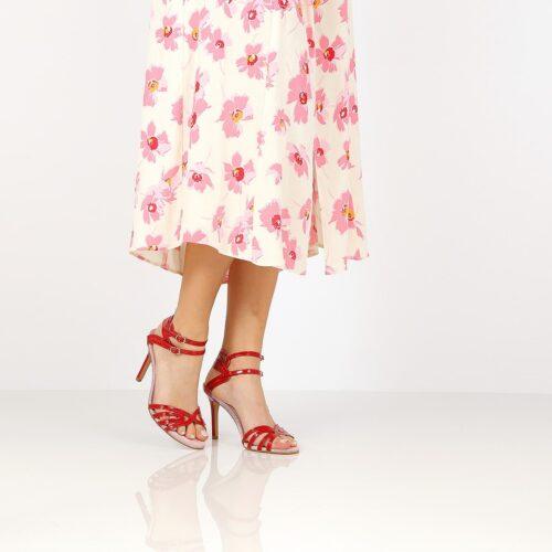 דגם אופיר: נעלי עקב בצבע אדום