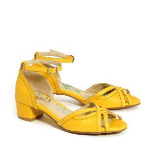דגם אגם: סנדלי עקב בצבע צהוב - B.unique
