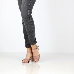 דגם דפני: נעלי עקב בצבע סגול - B.unique