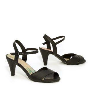 דגם טלי: נעלי עקב בצבע שחור - B.unique