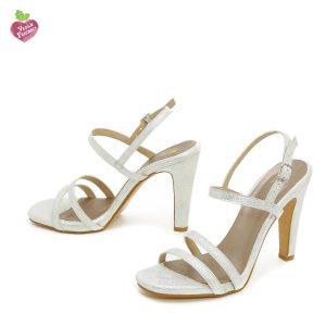 דגם עדן: נעלי עקב טבעוניות בצבע כסף נצנץ - MIZU