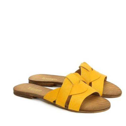 דגם דניאל: כפכפים בצבע צהוב