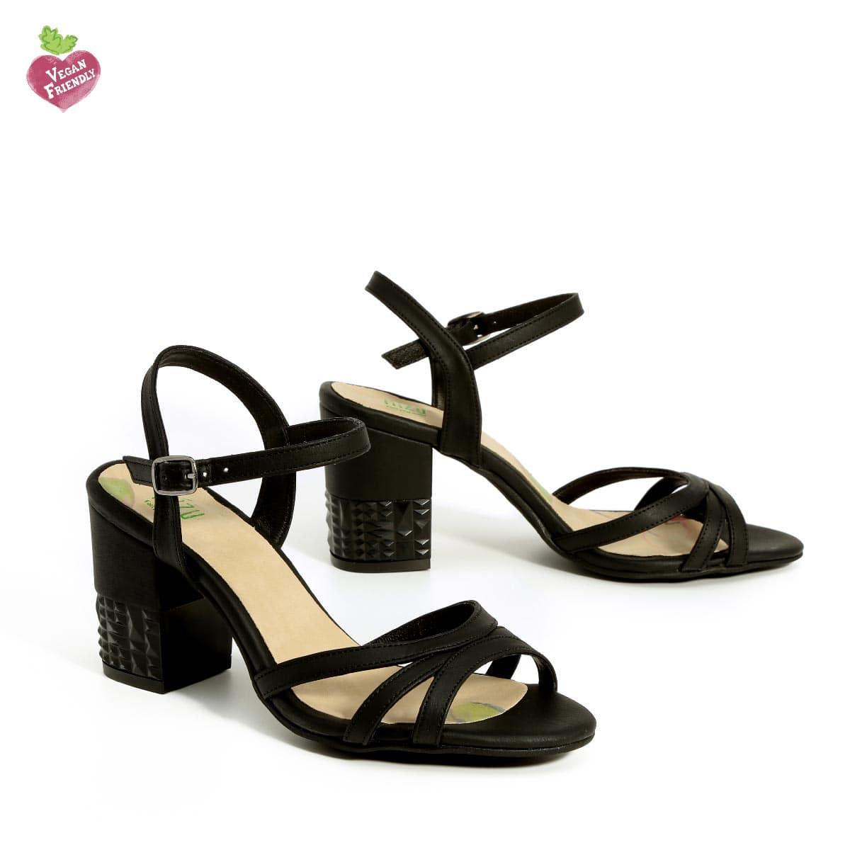 דגם שרית: נעלי עקב טבעוניות בצבע שחור - MIZU