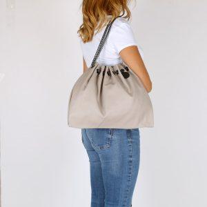 דגם אופק: תיק צד לנשים בצבע אפור