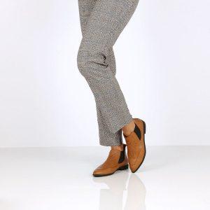 דגם רובי: נעלי שפיץ בצבע קאמל - B.unique