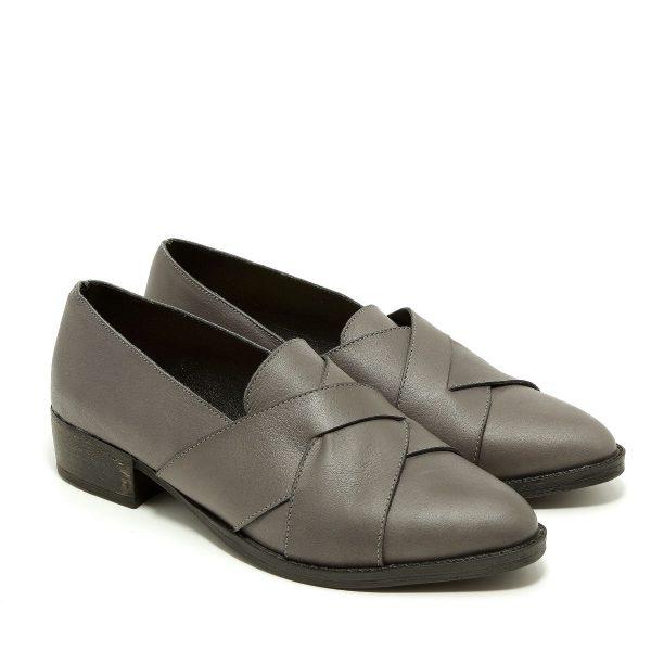 דגם קלייר: נעלי מוקסין בצבע אפור - B.unique