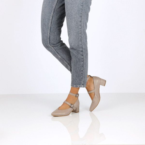 דגם היילי: נעלי עקב בצבע אבן - B.unique