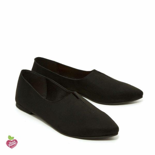 דגם קלואי: נעלי שפיץ טבעוניות בצבע שחור - MIZU