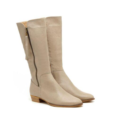 דגם אליזבת: מגפיים לנשים