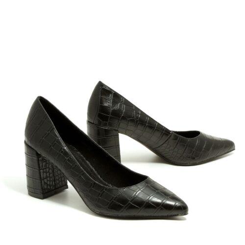 דגם אמבר: נעלי סירה לנשים