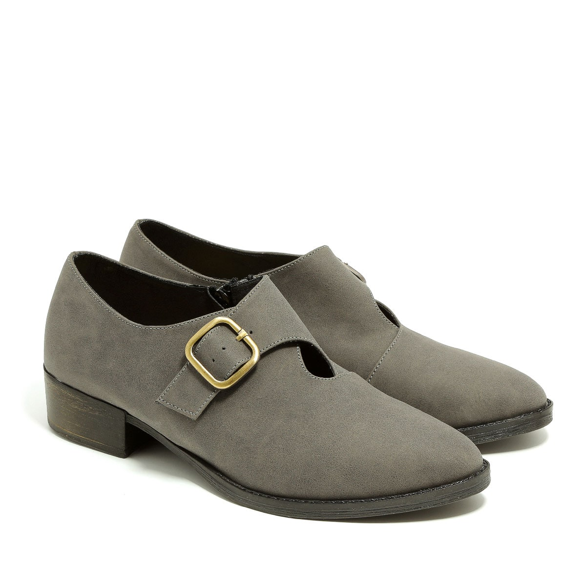 דגם האלי: נעלי מוקסין טבעוניות לנשים