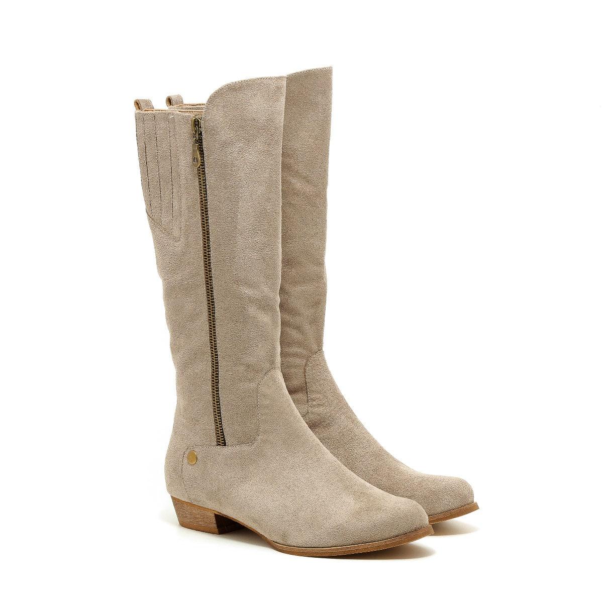 דגם אוראל: מגפיים טבעוניים לנשים