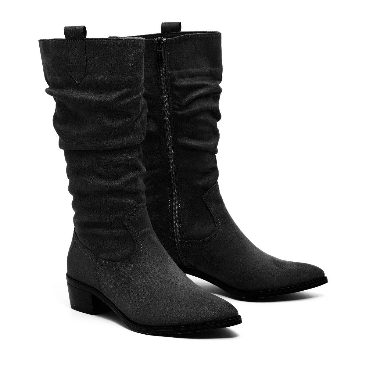 דגם ג'ניפר: מגפיים טבעוניים לנשים