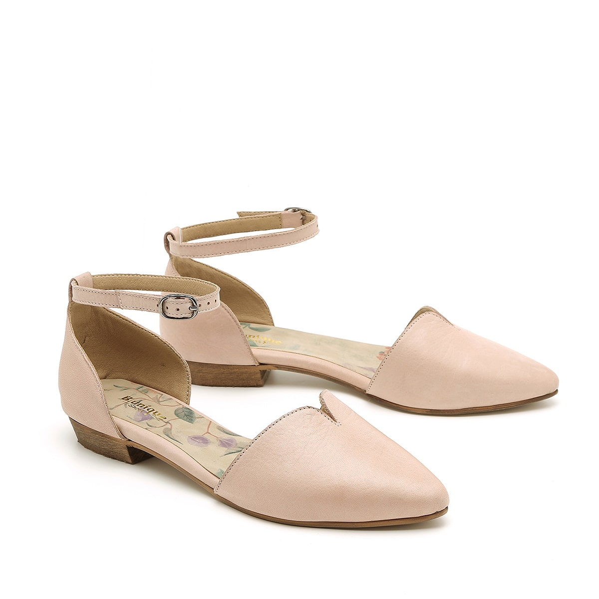 דגם אלינור: נעלי שפיץ לנשים