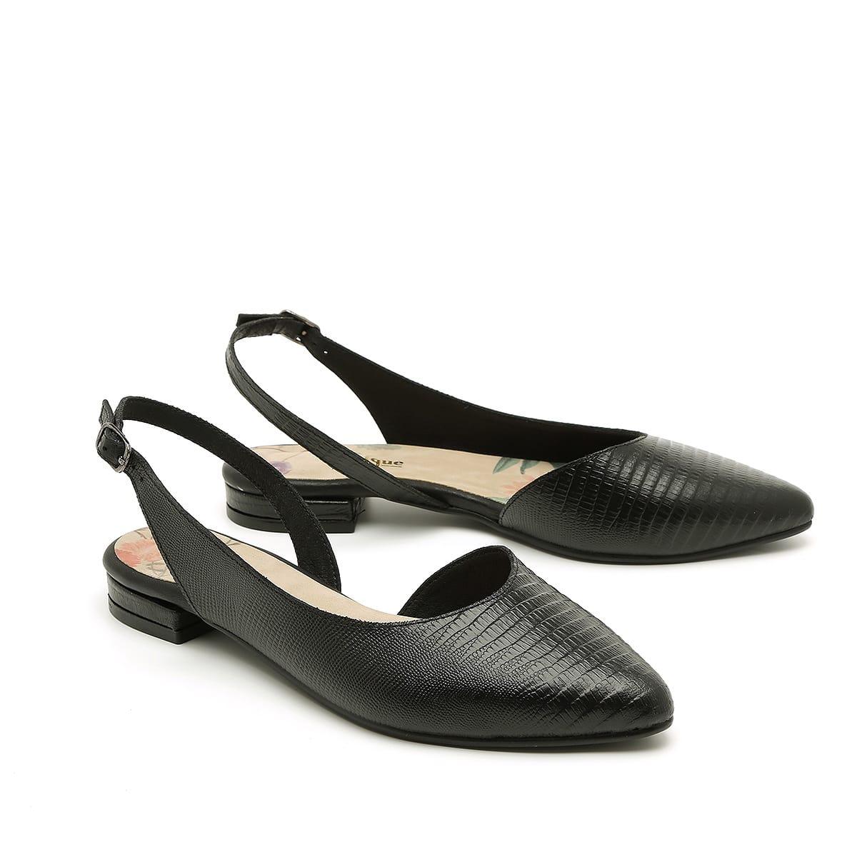 דגם סופיה - נעלי שפיץ אסימטריות, בצבע שחור. גובה עקב