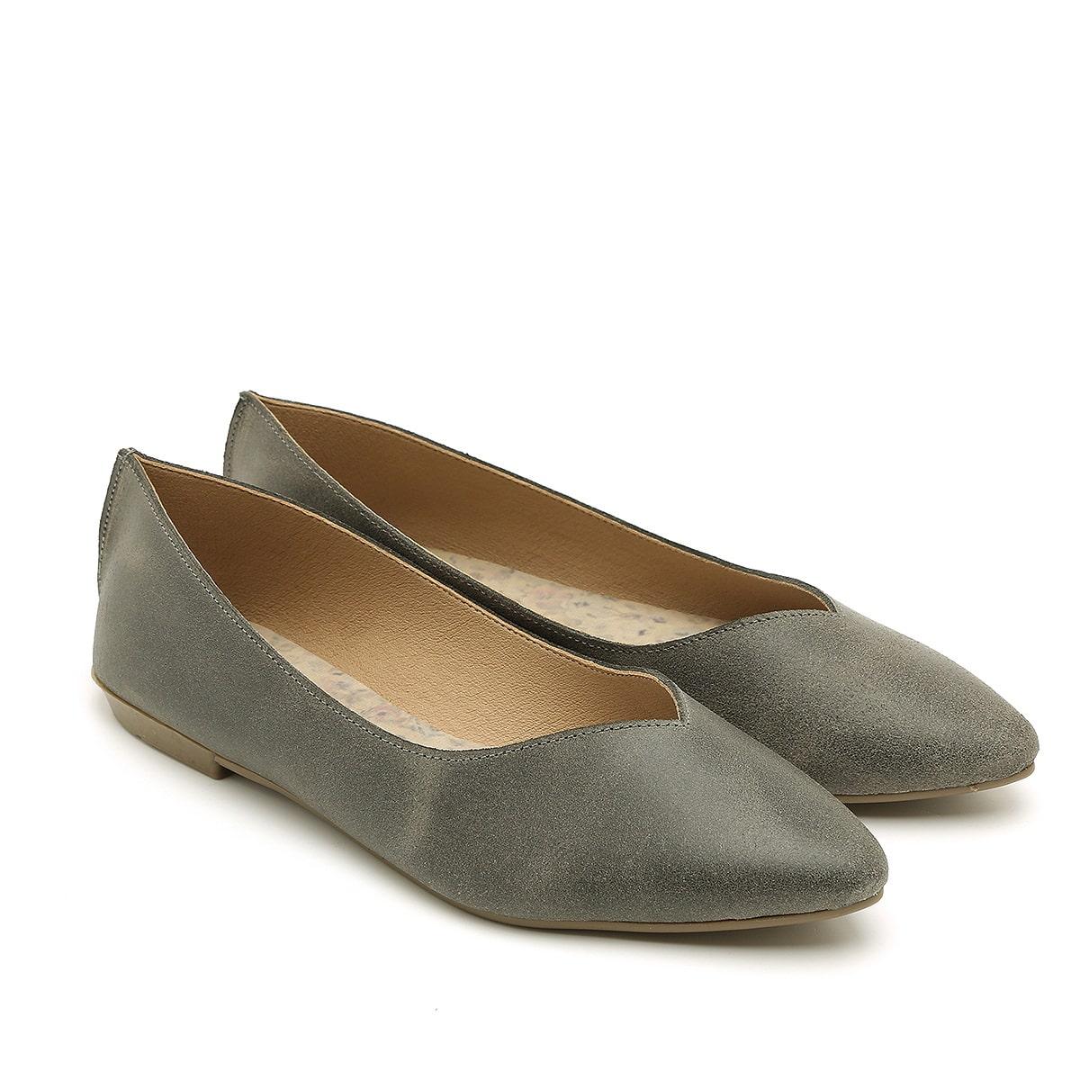 דגם מיכל: נעלי סירה לנשים