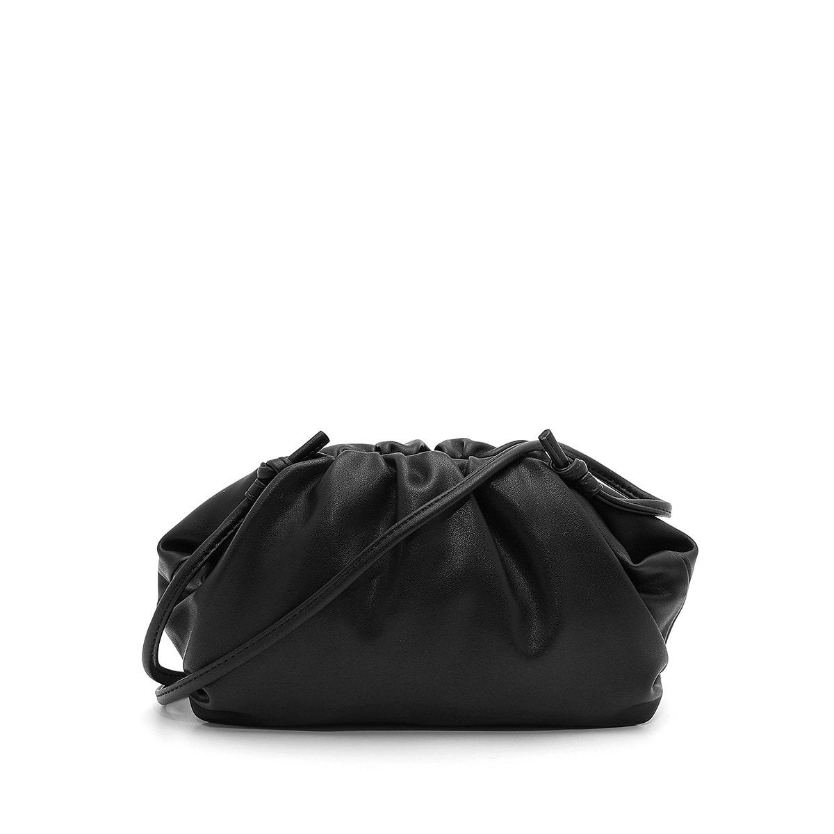דגם אשלי: קלאץ' לנשים בצבע שחור