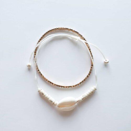 מארז צמידים - לבן עם צדף