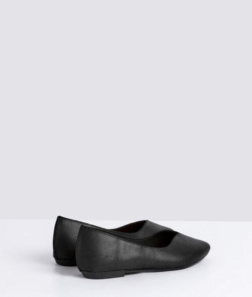 דגם מיכל - נעלי סירה לנשים