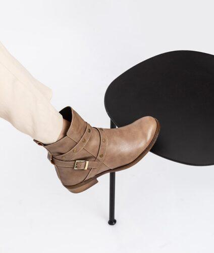 דגם אווה - מגפונים טבעוניים לנשים עם רצועות