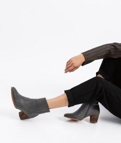 דגם קורי - מגפונים טבעוניים לנשים
