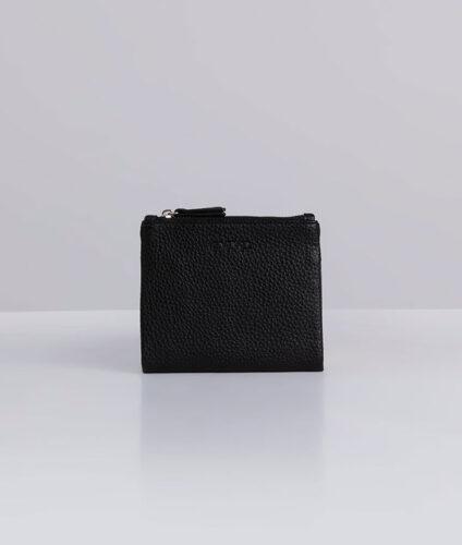 דגם ויטני: ארנק נשים קטן בצבע שחור