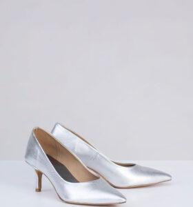 בלעדי לאתר: דגם ספארקל - נעלי עקב קלאסיות בגוון מטאלי