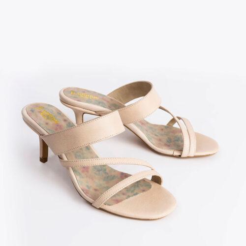 בלעדי לאתר: דגם דפנה- נעלי עקב במראה א-סימטרי