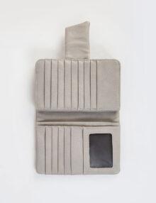 דגם סיגל- ארנק דמוי עור בסגירת מגנט