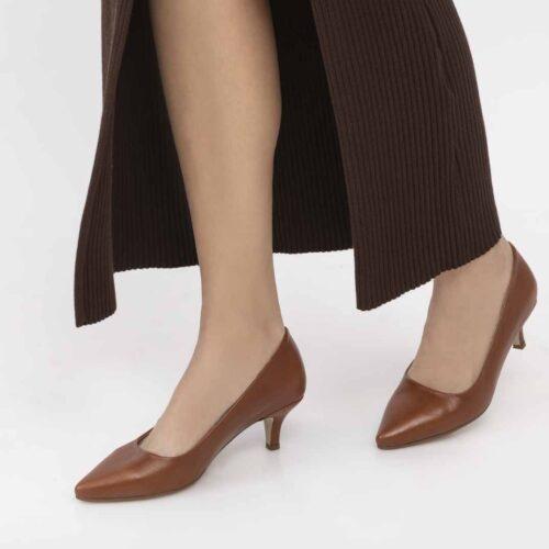 דגם לילך - נעלי עקב סירה קלאסיות